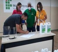 IFMG Ipatinga realiza doações de insumos para enfrentamento ao Covid19