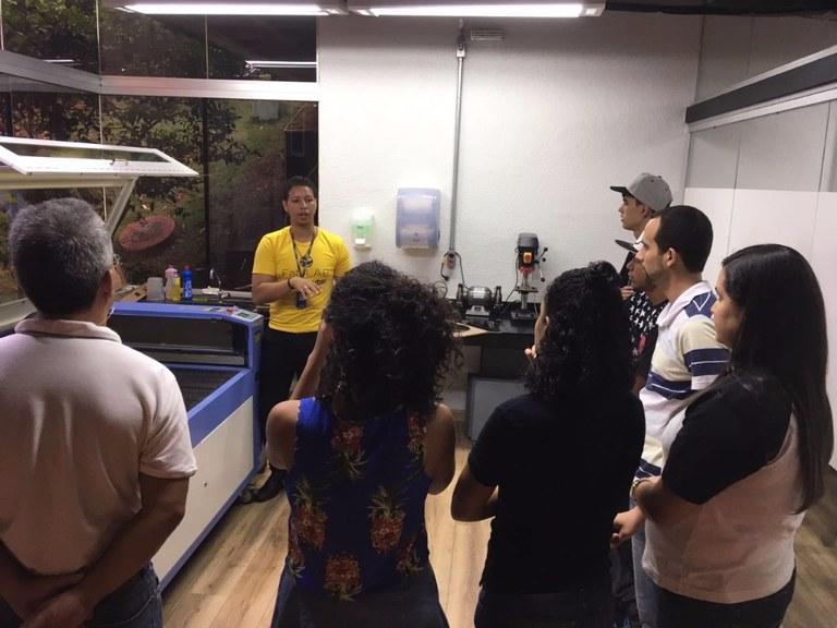 Visita ao Fab Lab Newton